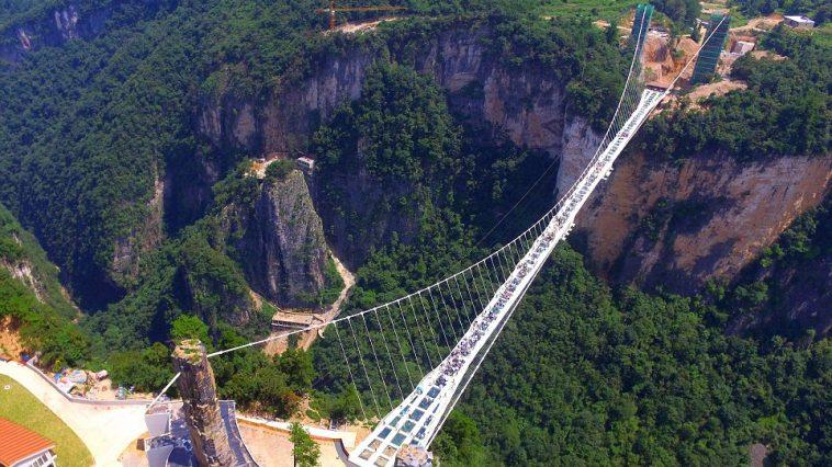glass-bridge-arial-view